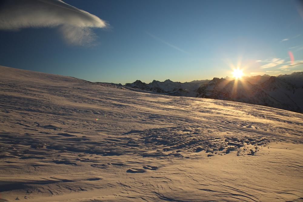 рассвет над Эльбрусом