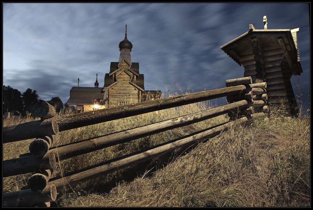 Церковь ночь