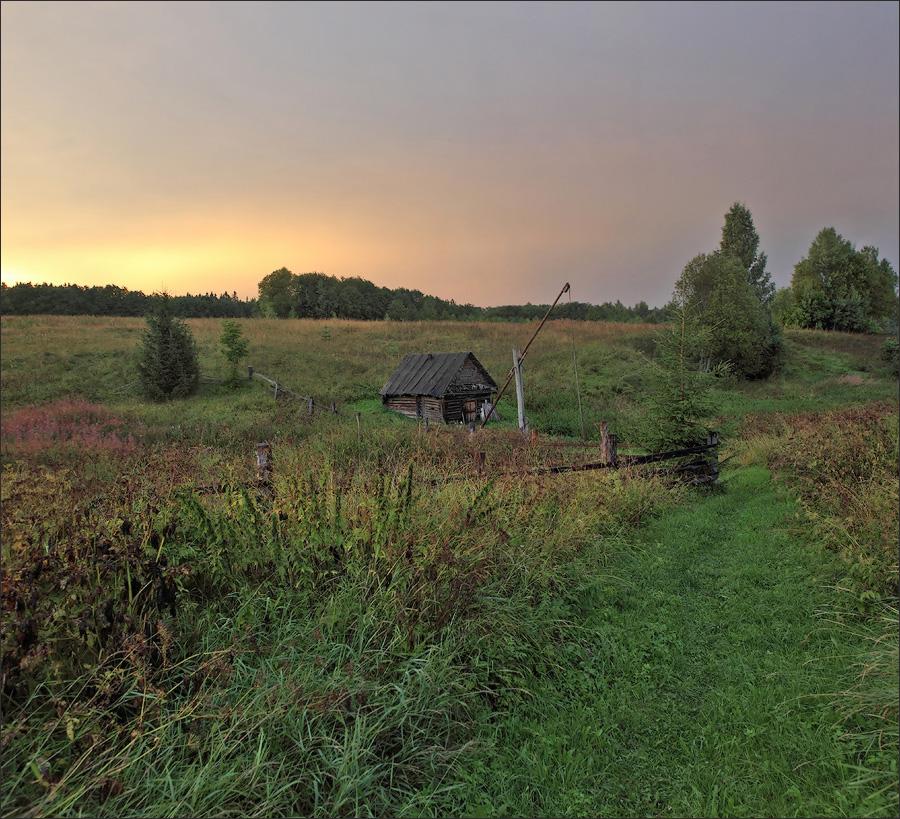 Деревня лето колодец журавль баня