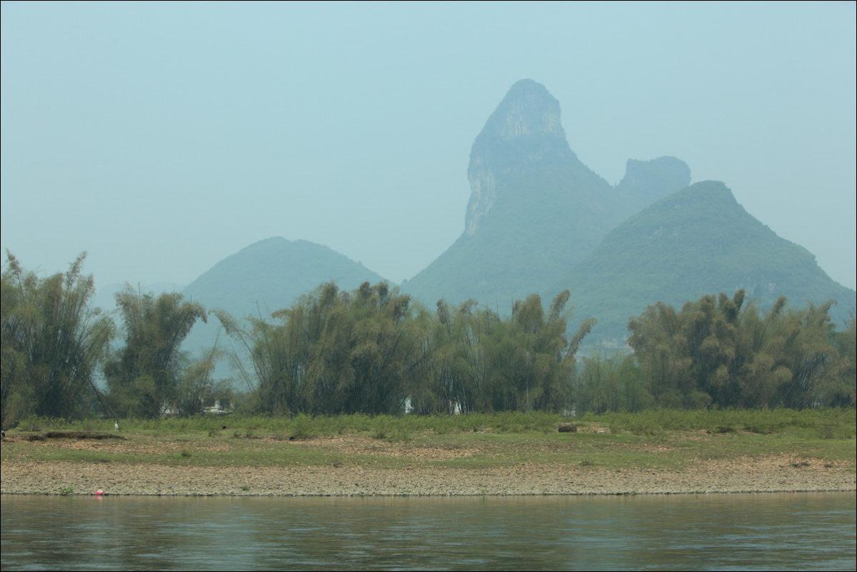 Река Ли карстовые холмы Янгшо Китай