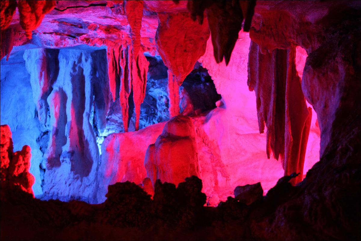 Пещера Янгшо Китай