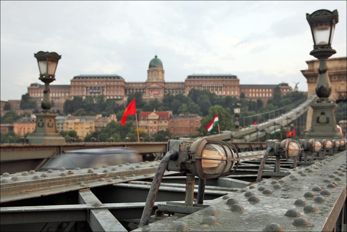 Цепной мост королевский дворец Будапешт