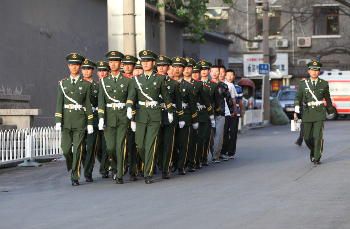 Тяньаньмэнь китайская армия