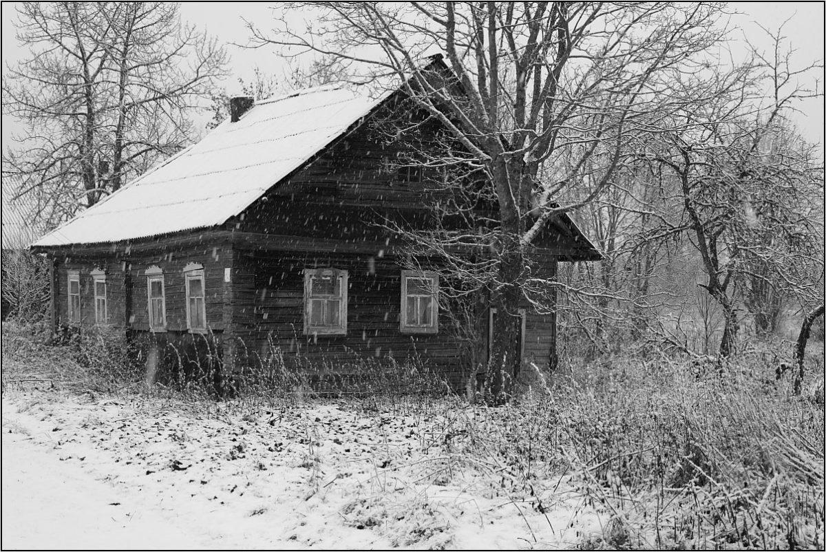 пятистенок деревенский дом
