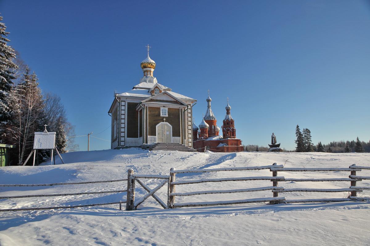 Церкви на истоке Волги зима