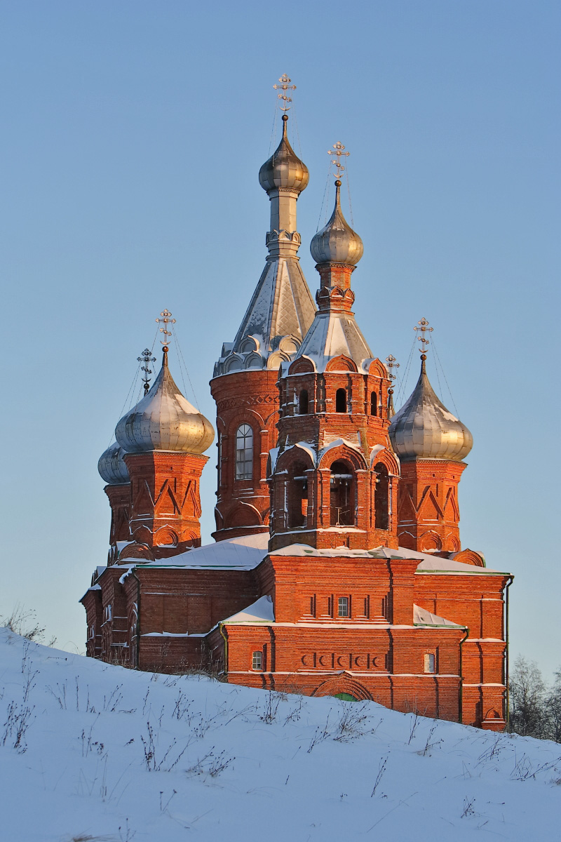 Спасо Преображенский храм зимний закат