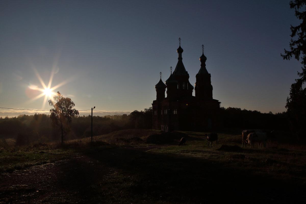 Восход солнца исток Волги Волговерховье